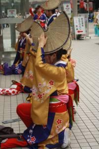Festival de danses traditionnelles dans le Parc Yoyogi, à Tokyo au Japon.